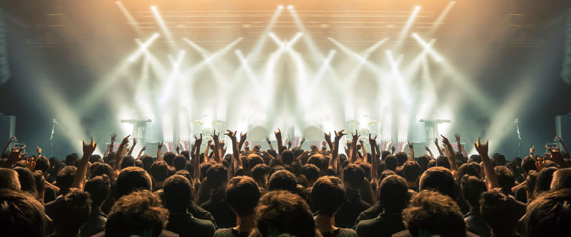 Experience a concert under the stars at Shoreline Amphitheater, an incredible outdoor entertainment venue, featuring the hottest artists, bands, shows, festivals and special events in the Bay Area.